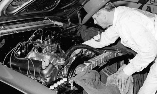 Inside The 63 Chevy 427 Mystery Engine Mac S Motor City