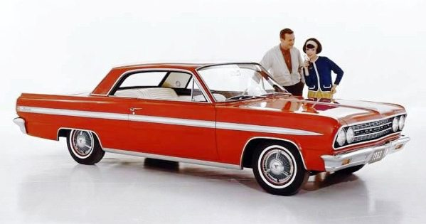 Turbo Pioneer: the 1962 Oldsmobile Jetfire | Mac's Motor